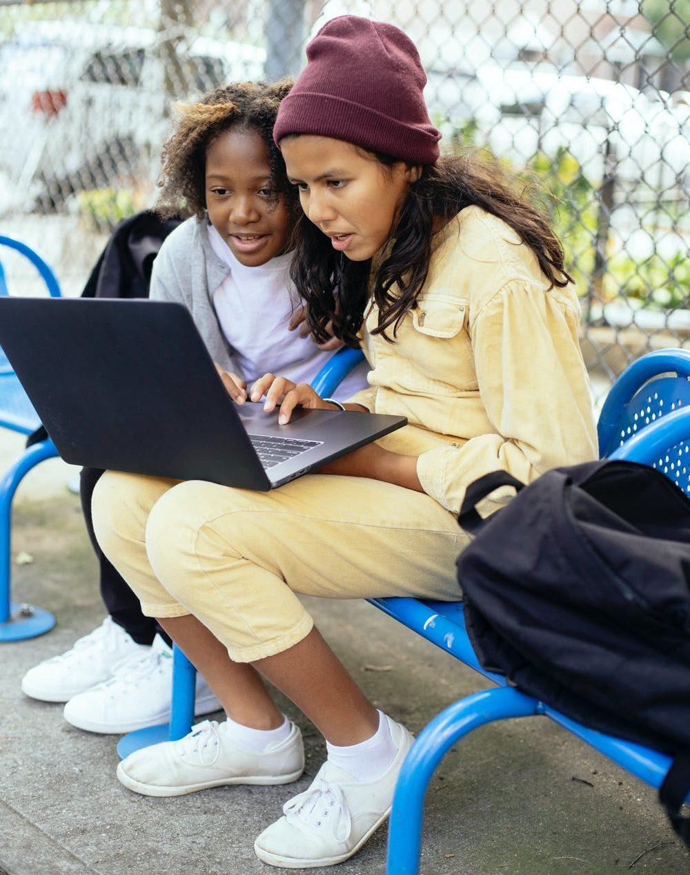 online academy to e-commerce platform